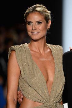 In Alexandre vaulthier Hottest Female Celebrities, Beautiful Celebrities, Celebs, Heidi Klum, Actrices Sexy, Colette, Jolie Lingerie, Famous Models, Mannequin
