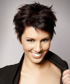 Adorable 72 Classy Short Pixie Haircuts and Hairstyles for Thick Hair https://bitecloth.com/2017/08/17/72-classy-short-pixie-haircuts-hairstyles-thick-hair/