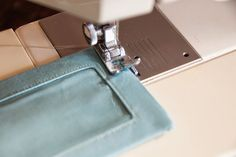 Delicious Reads: How to make a fabric luggage tag