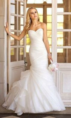 LOVE this dress!!!, find it on PreOwnedWeddingDresses.com