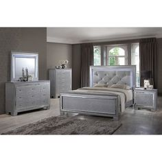 Best Quality Furniture Panel 4 Piece Bedroom Set Size: California King