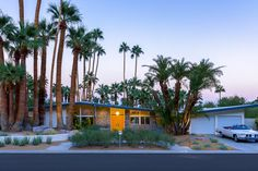 Palm Springs midcentury with pool and panoramic views asks $2.6M - Curbed