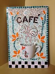 İlgili resim Mosaic Wall Art, Mirror Mosaic, Mosaic Glass, Mosaic Tiles, Tiling, Mosaic Art Projects, Mosaic Crafts, Stained Glass Patterns, Mosaic Patterns