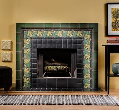 Motawi 6x6 Fred Border in Jade with 4x6 Linwood Large Trim in Lee Green and field tile in Matte Black