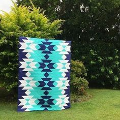Quilting Projects, Quilting Designs, Sewing Projects, Quilting Ideas, Southwestern Quilts, Indian Quilt, Straight Line Quilting, Barn Quilts, Pattern Blocks