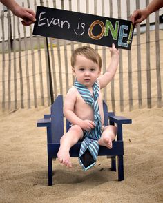 One year old boy photo session idea , one year old at the beach photo idea, boy with tie