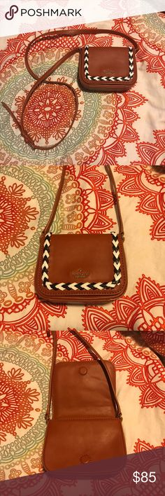 Kate Spade Crossbody Having three neutral colors, it can go with anything! Little to no wear but have pen stains on the inside. Otherwise is perfect for any outfit! kate spade Bags Crossbody Bags
