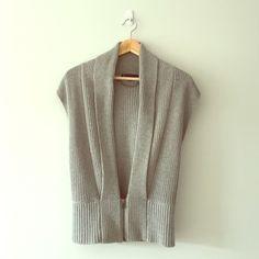 Armani Exchange grey zip-up low rise vest 100% cotton silver/grey vest. Antique silver zip with A | X branding. Armani Exchange Sweaters V-Necks