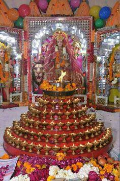Santhoshi Maa Lord Durga, Lord Shiva, Durga Maa, Birthday Poems, Mother Birthday, Hindu Deities, Hinduism, Ganesha Sketch, Vaishno Devi