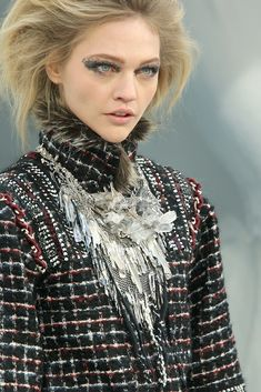Chanel Fall 2010 Ready-to-Wear Collection - Vogue