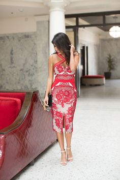 how to wear lace dress, valentine's day outfit ideas, three floor dress