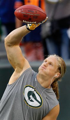 clay matthews. he is beautiful.