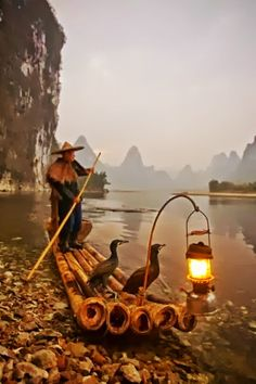 Li River Fishing ~ China  | In #China? Try www.importedFun.com for award winning #kid's #science |