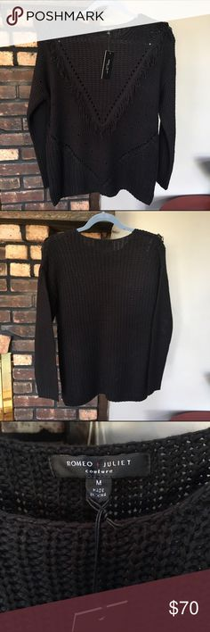 NWT Romeo & Juliet Couture black fringe sweater NWT Romeo & Juliet Couture Black pullover sweater with v-shaped fringe and other knit details. Rock the fringe trend in a sweater that can be worn to the office! Color is true black, as in first three photos. I'm open to reasonable offers and give bundle discounts! 😊☮️💜✌️️ Romeo & Juliet Couture Sweaters
