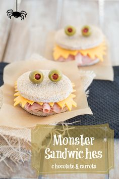 Watch out for these scary monster sandwiches! Their sharp cheese teeth will try and get little fingers. Pop one of these sandwiches into your kid's lunch for a fun surprise. This would be a great idea for Halloween too. Plat Halloween, Halloween Treats, Halloween Foods, Halloween Party, Halloween Sandwich, Halloween Lunch Ideas, Healthy Halloween Snacks, Toddler Halloween, Spooky Halloween