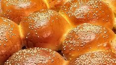 Γαλλικά ψωμάκια brioche μαλακά σαν αφρός Hamburger, Bread, Beverages, Food, Natural, Brioche, Brot, Essen, Baking