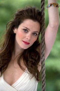 I think there are people who just drip sex and Anna Friel is one of those people.