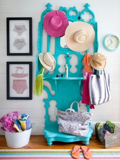 Turn any room into a cheerful space with colorful furniture! Get a step-by-step guide to painted furniture here: inspiration Furniture diy Beach Cottage Style, Beach Cottage Decor, Cozy Cottage, Coastal Style, Beach House, Cottage House, Bright Painted Furniture, Colorful Furniture, Furniture Ideas