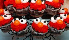 elmo cupcakes-how sweet- retro chic! Elmo Cupcakes, Cupcake Cakes, Decorated Cupcakes, Birthday Cupcakes, Elmo Birthday, Cup Cakes, Birthday Ideas, Cupcake Pictures, Food Pictures