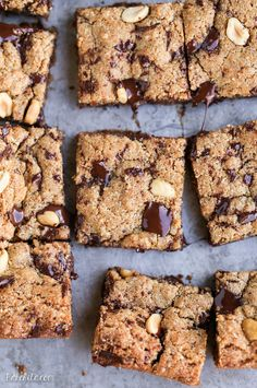 These Peanut Butter Chocolate Chunk Blondies stay soft and chewy for days! They're gluten-free and refined sugar-free, and will satisfy all your chocolate peanut butter cravings.