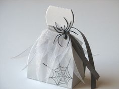 Gray Lady Halloween Favor Boxes. $35.00, via Etsy.