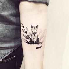 Fox and leaf tattoo #fox #leaf #tattoo