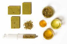 Per Purr - Natural Cosmetics. Calm soap – Chamomile & Sweet Almond oil.  #soap #jabon #perpurr #perpurrcosmetics #naturalcosmetics #imaginepurebeauty #organicskincare #skin #naturalsoaps #vegetablesoaps #bodyoils #purebeauty #chamomile #sweetalmondoil #almondoil