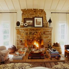 such a cozy fireplace