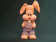 Woodcarving, Orginal hand carved Bunny rabbit, Easter gift, Collectable Gift, HandCarved/Handpainted Wood Carving, Easter Decoration.