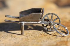 Vintage Sterling Silver Old Fashioned Wooden Wheelbarrow Charm For Bracelet ^