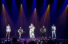 #2NE1 AON Press Pic #14 ...