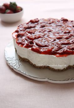 Torta yogurt e fragole