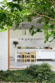 Gallery Of Gibbon St By Cavill Architects Local Australian Architecture & Interior Design Brisbane, Qld Image 32 Cottage Renovation, Home Renovation, Kitchen Renovations, Australian Architecture, Interior Architecture, Home Design, Interior Design, Design Ideas, Indoor Outdoor