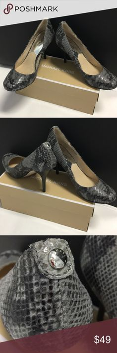 👠Like New Michael Kors Snakeskin Gray Pumps 👠 Excellent condition as shown in pictures beautiful leather MK pumps can dress up or dress down Heel height approximately 4 inches Michael Kors Shoes Heels