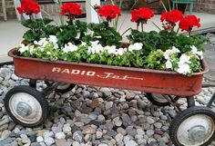 gardening ideas planter vintage wagon fall ideas rustic, container gardening, repurposing upcycling, Early plantings in my little red wagon - Gardening For Life Flower Planters, Garden Planters, Garden Art, Flower Containers, Garden Deco, Dream Garden, Radio Flyer Wagons, Red Flyer Wagon, Wagon Planter