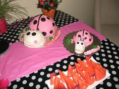 Cakes at a Ladybug Party #ladybug #partycake