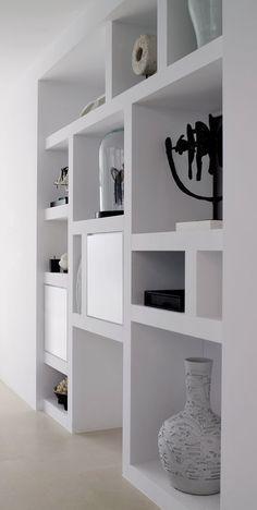 Recessed Shelves, Diy Wood Shelves, Living Room Designs, Living Room Decor, Tv Unit Decor, Living Room Built Ins, Inside A House, Wardrobe Room, African Interior