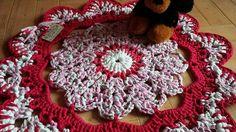 alfombra redonda flor en trapillo