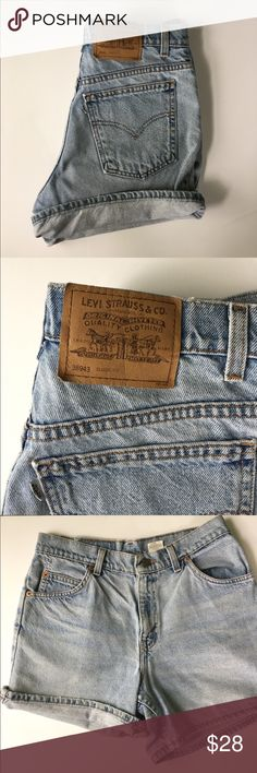 Levi's High Waisted Shorts Size 8, waist is measured at 28/29. Excellent condition. Can be rolled up for shorter length or kept at original length. No trades 🙅🏻 make me offers! Levi's Shorts Jean Shorts