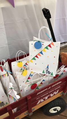 Cumple de Thiago  animals parade diy favor bag