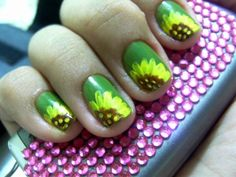 Sunflower Nail art!