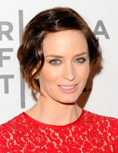 "Emily Blunt Hair -- I like her hair in ""The Five Year Engagement"""
