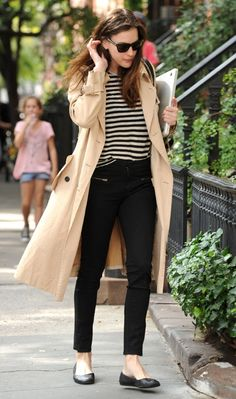 Trench coat + black & white striped top + black skinny zipper jeans + black flats #outfit