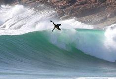 http://bodyboardhq.co.uk/static/wp-content/uploads/2012/02/bodyboarding_portugal.jpg
