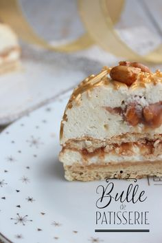 recette-buche-de-noel-cacahuetes-caramel-vanille/ - The world's most private search engine Christmas Log, Christmas Desserts, Cake Recipes, Dessert Recipes, Yule Log, Log Log, Cinnamon Cake, Christmas Breakfast, Food Cakes