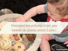 Une autre manière de considérer le jeu des très jeunes enfants : le jeu heuristique et le panier à trésors... quand bébé n'a pas besoin de jouets !