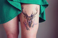 Kick Ass Tattoo Artists: Sasha Unisex Puts Her Mark On Watercolor Tattoos Tropisches Tattoo, Tattoo Hals, Deer Tattoo, Tattoo Motive, Stag Tattoo Design, Tattoo Designs, Unique Tattoos, Small Tattoos, Cool Tattoos