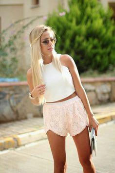 Shade of pastel... | Tuğba Tunçkaya  Tuğba Tunçkaya  http://www.tugbasatelier.com    #fashion #tugbatunckaya #loveit #style #styleblogger #streetstyle