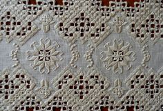 Hardanger - note the tiny little crosses using buttonhole stitch Hardanger Embroidery, Paper Embroidery, Types Of Embroidery, Embroidery Patterns, Beginner Embroidery, Crochet Doily Patterns, Doilies Crochet, Crochet Hook Set, Drawn Thread