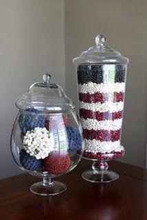 Memorial Day / of July Apothecary Jars, LOVE these because you can customize for each season/holiday: red kidney beans, northern beans, and black beans used to create display. Patriotic Crafts, July Crafts, Holiday Crafts, Holiday Fun, Festive, Patriotic Room, Holiday Ideas, Patriotic Party, Kid Crafts